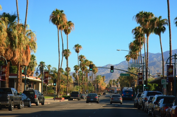 Downtown_Palm_Springs_CA.JPG