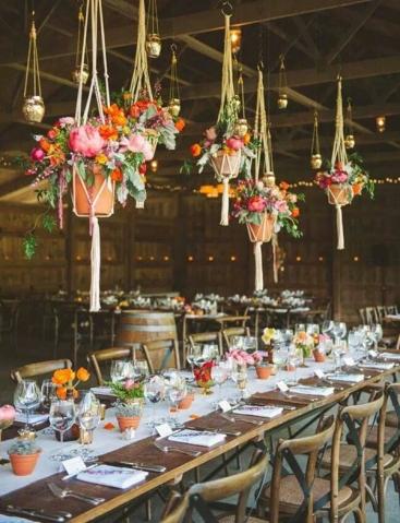 Via: Elegant Wedding Invites
