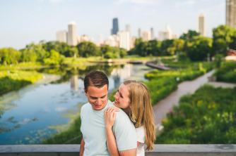 10-south-pond-bridge-photography-engagement