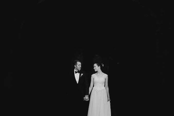 26-black-and-white-university-of-chicago-wedding-photos