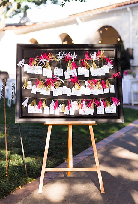 2015_bridescom-Editorial_Images-10-escort-cards-and-seating-chart-display-ideas-large-Seating-Chart-Display-Ideas-Ben-Q
