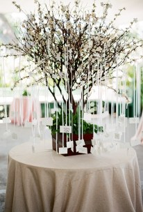 2015_bridescom-Editorial_Images-10-escort-cards-and-seating-chart-display-ideas-large-Seating-Chart-Display-Ideas-Justin-Demutiis
