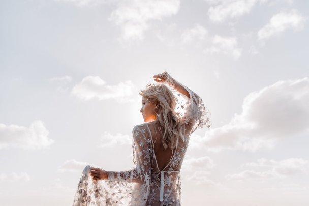 Starry-Nights-Trendy-Celestial-Wedding-Inspiration-Board-Bohemian-Diesel-Rue-de-Seine-4