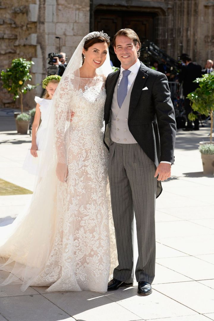 hbz-iconic-royal-wedding-dresses-2013-prince-felix-of-luxembourg-princess-claire-of-luxembourg-gettyimages-181411045-1523549803