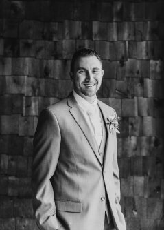 groom-portraits-2