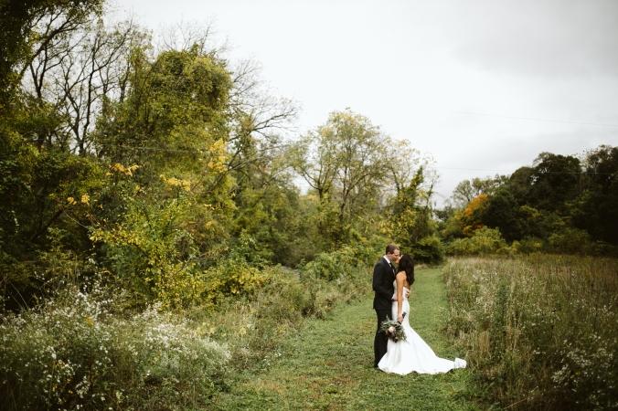 LaurenBrian_Wedding_SneakPeek_0039.jpg